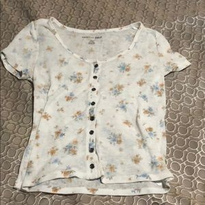 low cut american eagle small top